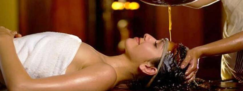 Spa sesstions at Kumarakom Lake Resorts, Kerala