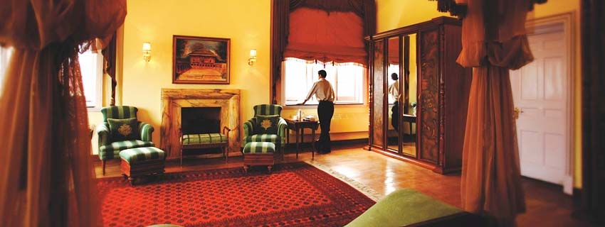 Sitting Area at The Lalit Grand Palace, Srinagar