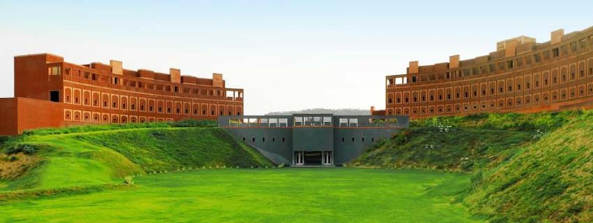 Outiside View of Lebua Resort, Jaipur