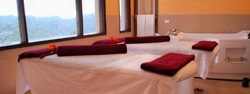 Spa at Suryavilas Luxury Spa Resort, Himalayas