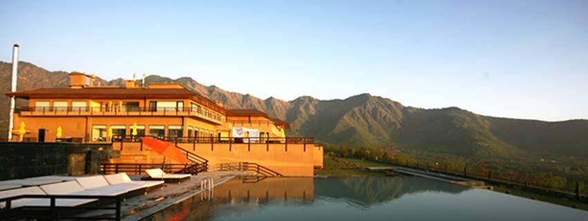 Outside View of Vivanta By Taj Dal View, Srinagar