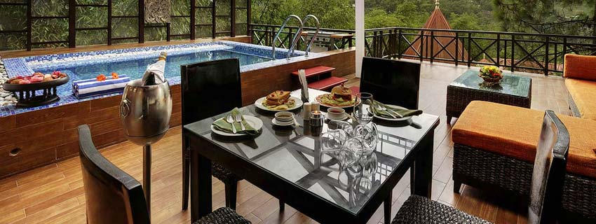 Dining Area at Mayfair Spa Resort