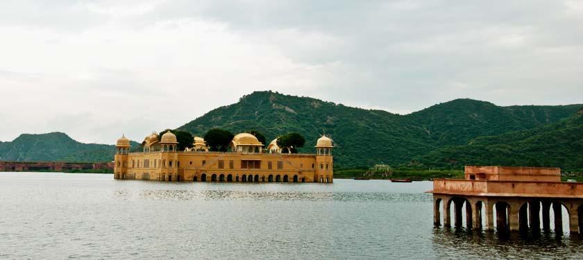 Jal Mahal in Jaipuir