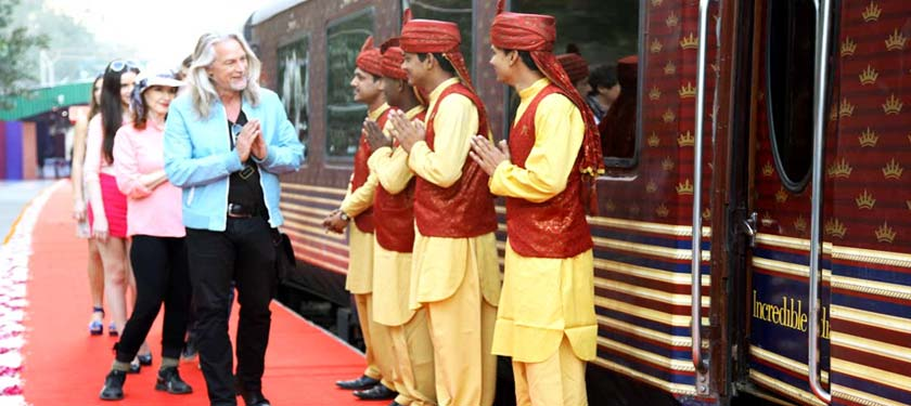 Welcome at Maharaja Express Train