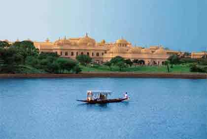 Oberoi Vilases Luxury Holiday Package